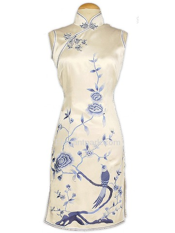 Feminine Qing Hua Embroidered Silk Brocade Cheongsam