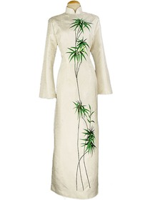 Junoesque Bamboo Embroidered Silk Brocade Cheongsam