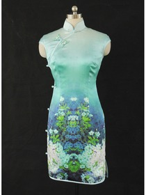 Green Spray Painting Silk Cheongsam Dress With Flower And Single-line Button