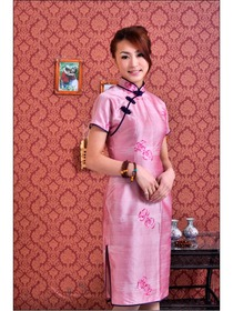 Pink-purple Short Sleeve Traditional Silk Doupion Embroidered Improved Cheongsam
