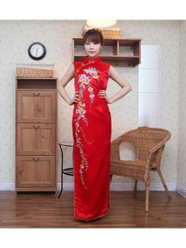 Chic Floral Embroidery Chrysanthemum Button Silk Brocade Cheongsam