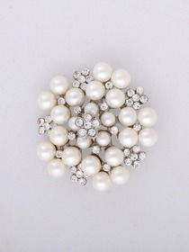 Gorgeous Silver CZ Silver Pearls Crystals Plating Pin