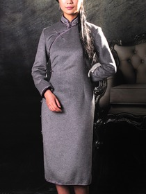Grey Woolen Half sleeves Front Right Side Opening Cheongsam
