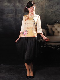 Light Yellow Inkjet Magpie Primula Pattern Silk Coat with Black Silk Pantskirt Cheongsam