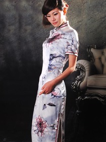 Silver Chinese Monochromes Single-Line Botton Illusion Short Sleeve Tea Length Cheongsam