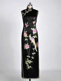 Black Frog Button Dignified Phoenix and Peony Embroidered Silk Brocade Cheongsam