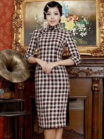 Elegant Brown Three Quarter Sleeve Knee Length Plaid Blending Fabric of Wool and Nylon CheongSam