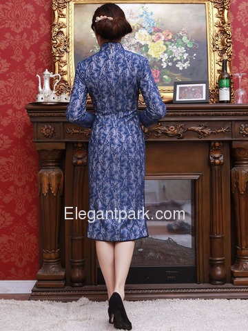 Blue Lace Embroidery Three Quarter Sleeve Knee-length Traditional Cheongsam