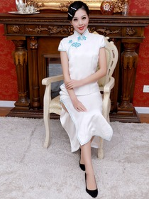 White Women Ankle-length Short Sleeves Split Side Silk Cheongsam