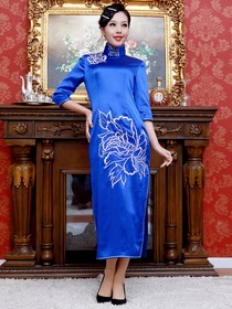 Blue Women Embroidery Peony Three-Quarter Ankle-Length Silk Traditional Cheongsam